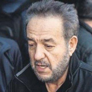 Arif Susam'ın dört damarına stent takıldı