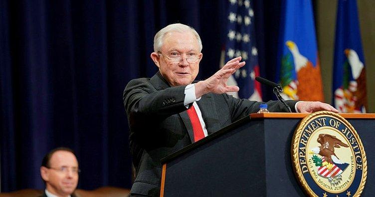ABD'de Adalet Bakanının istifası demokratları kızdırdı