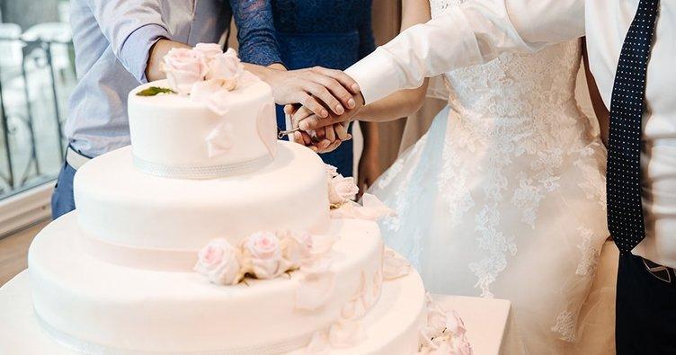 RÜYADA DÜĞÜN GÖRMEK - Rüyada düğüne gitmek, düğünde oynamak ne anlama gelir, neye işarettir?