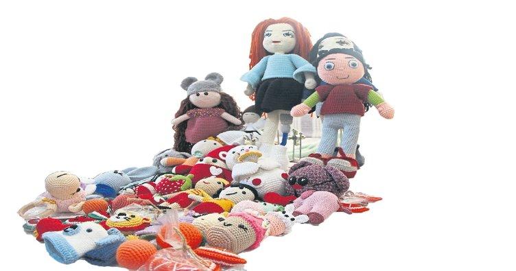 Empati için engelli oyuncak bebek üretiyor