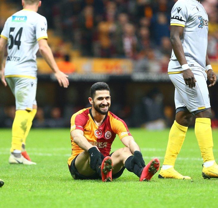 Galatasaray'dan flaş karar! Emre Akbaba...