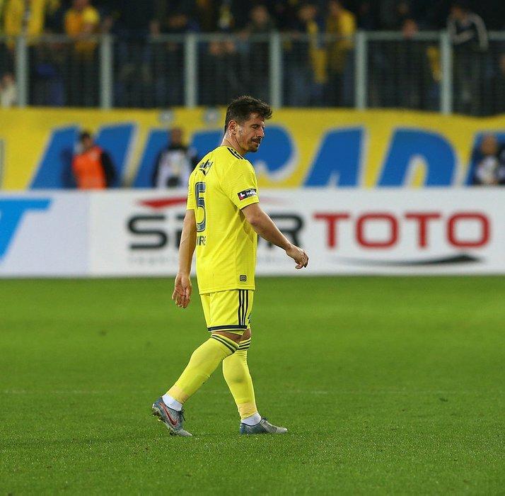 Fenerbahçe'nin çılgın planı ortaya çıktı! Emre'nin yerine geçecek
