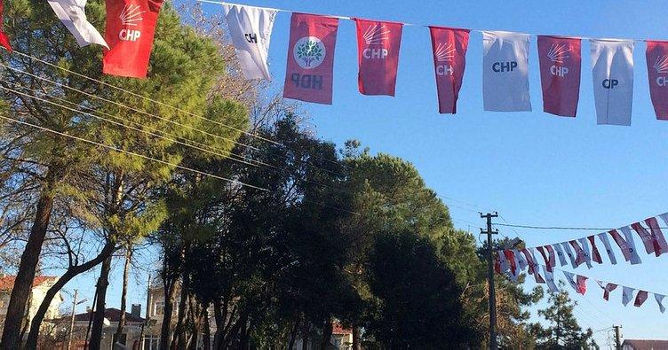 CHP ve HDP bayraklarını yan yana astılar