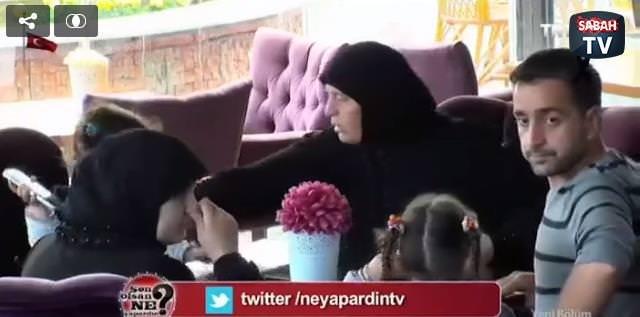 Vatandaşlar Suriyeli aileyi dışarı atmak isteyenlere böyle tepki gösterdi