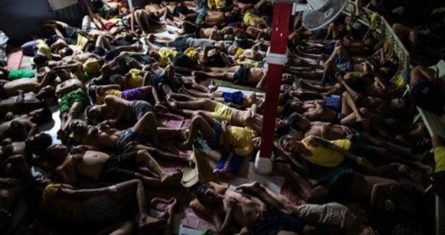 Filipinler'de cezaevinde kavga