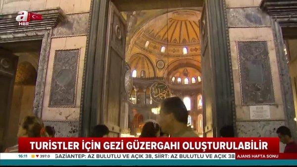 Ayasofya Camii'nde ilk namaz nasıl kılınacak? Arkeologlardan flaş 'Turist yolu' önerisi | Video
