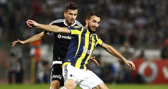 Beşiktaş, Fenerbahçe'yi iki yarıda da avlıyor