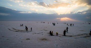 Tuz Gölü'ne ziyaretçi ilgisi