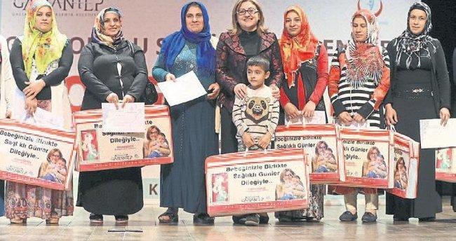 Anne adaylarına sertifika verildi
