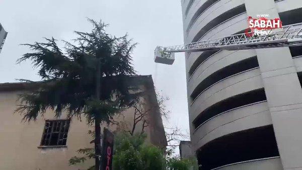 Şişli'deki tarihi fabrikanın çatısında yangın çıktı | Video