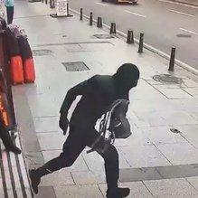 Son dakika: İstanbul'da döviz bürosunu soyan 4 kişiden 2'si, Bursa'da yakalandı