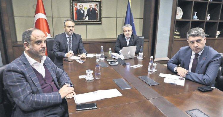 Belediye başkanları telekonferansla toplandı
