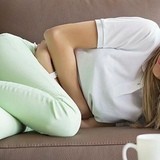 Adet bittikten sonra kasık ağrısı neden olur? Kasıkta dolgunluk hissi ve ağrı!