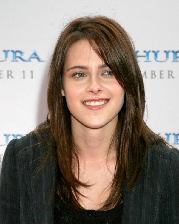 Her yıl imaj değiştiriyor! Kristen Stewart'ın 2002'den bu yana saç stili