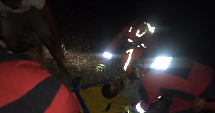 Marmaris'te araçla 40 metrelik uçurumdan yuvarlanan yolcular 3 saatte kurtarıldı