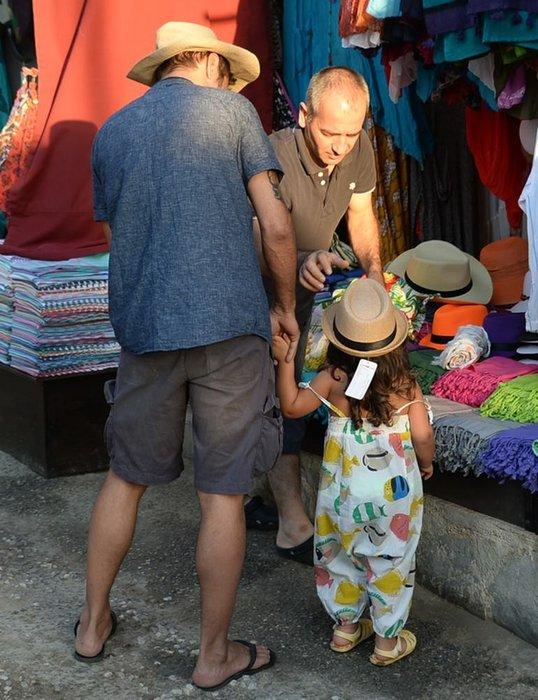 Teoman küçük kızıyla Bodrum'da