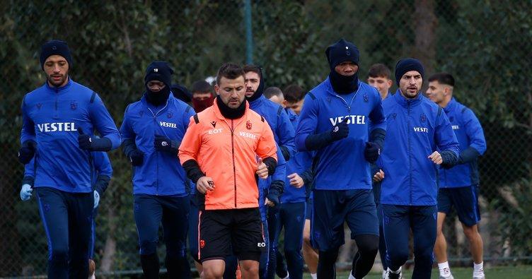 Son dakika: Trabzonspor'a Fenerbahçe maçı öncesi iyi haber! 7 futbolcu pozitif çıkmıştı...