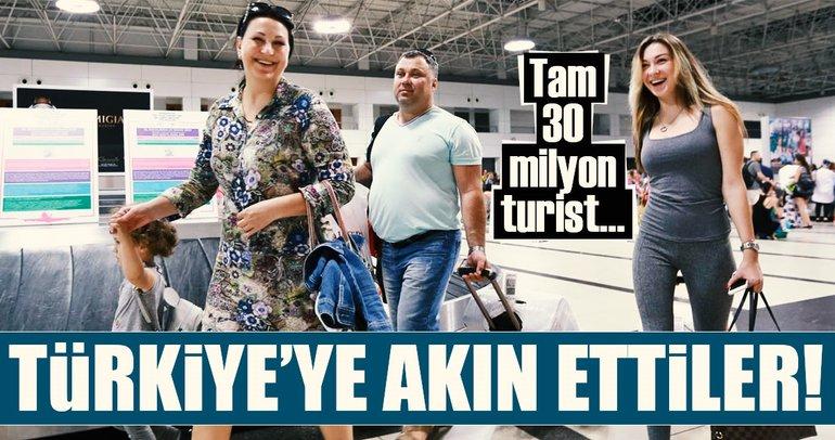 Türkiye'ye 11 ayda 31 milyon turist geldi!
