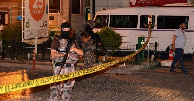 Adana'da akaryakıt istasyonunda silahlı kavga: 2 yaralı