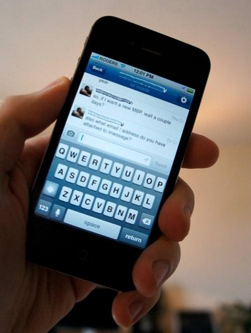 Facebook iPhone'un pilini ne kadar tüketiyor?