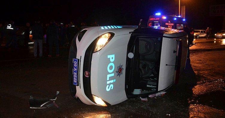 Aydın'da otomobil, polis aracına çarptı: 2 polis yaralı