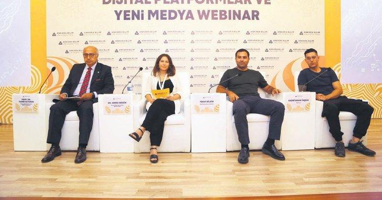 Yeni medya seminerine internetten canlı yayın
