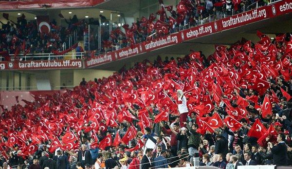 Türkiye İrlanda'yı 1-0 yendi... İşte stadyumdan fotoğraflar