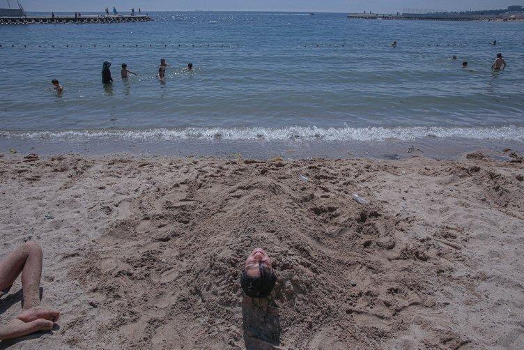 Uzmanlardan uyarı! Caddebostan ve Menekşe plajlarında kirlilik sinyali