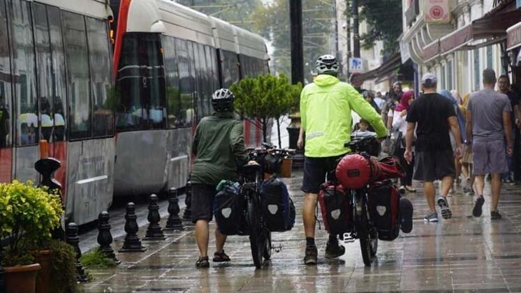 Alman bisikletçilerin dünya turu Türkiye'de devam ediyor