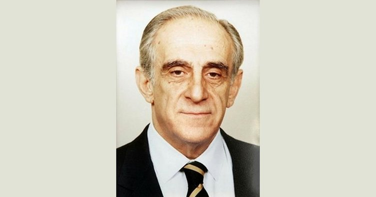 Eski Bakan Ali Bozer koronadan öldü