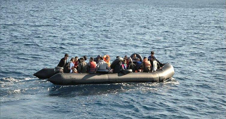 Ege'de 3 düzensiz göçmen botu yakalandı