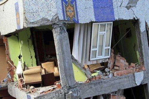 Van'da 5,6'lık deprem