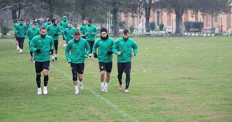 12 maçta 11 galibiyet alan Sakaryaspor'un bileği bükülmüyor
