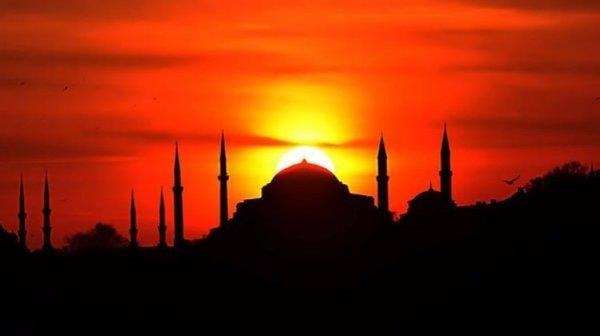 Yücelerdeki misafir Hz. Muhammed (s.a.v.)