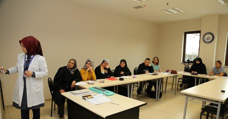 8 yılda 2 bin 885 kişi Türkçe öğrendi!