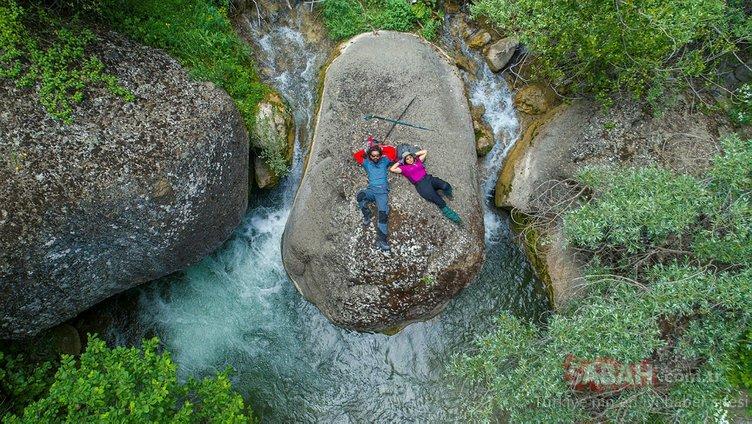 Sivas'taki doğal güzelliklerimizden Sarısuvat Kanyonu için yürüdüler...