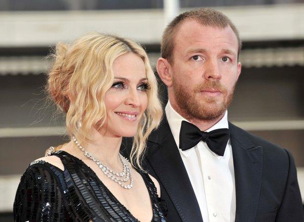 Boşanmak için servet ödeyen ünlüler