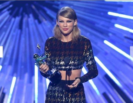 MTV müzik ödülleri sahiplerini buldu!