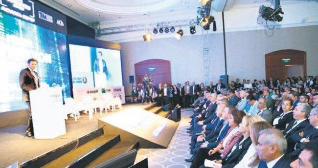 İnovasyon Haftası gençleri Adana'da bir araya getirdi