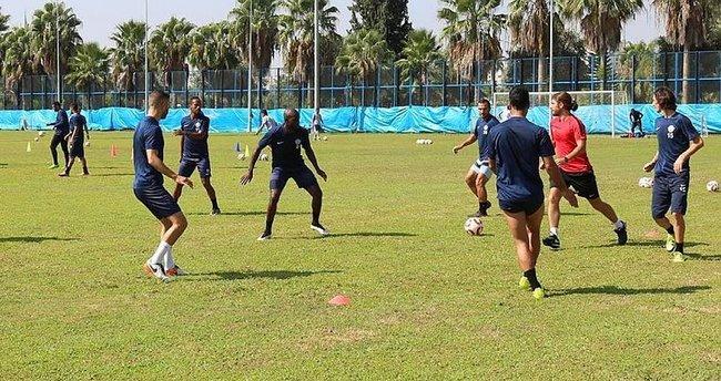 Adana Demirspor galibiyeti hedefliyor