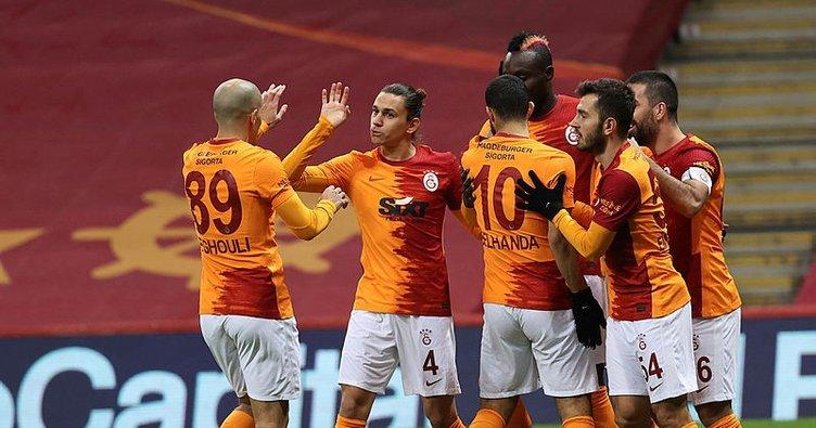Son dakika: Galatasaray'a Feghouli'den iyi haber!