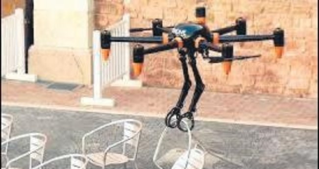 Örümcek kollu drone