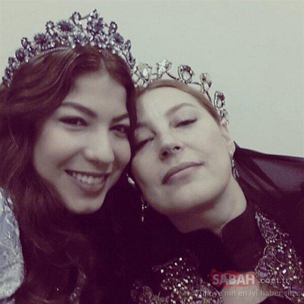 Esra Dermancıoğlu'nun kızını görenler söylemeden edemedi...Bir Zaöamlar Çukurova'nın Behice'si Esra Dermancıoğlu'nun kızı Refia güzelliği ile büyüledi!