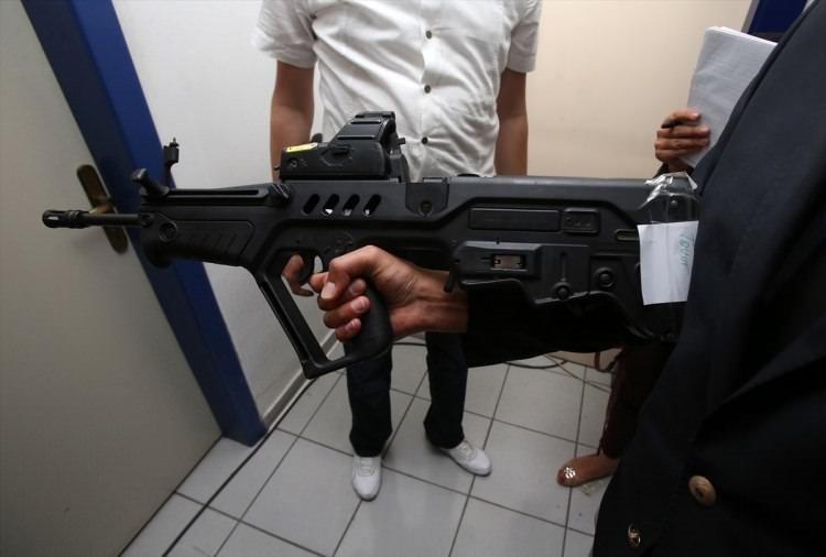 İşte FETÖ'cülerin kullandığı silahlar