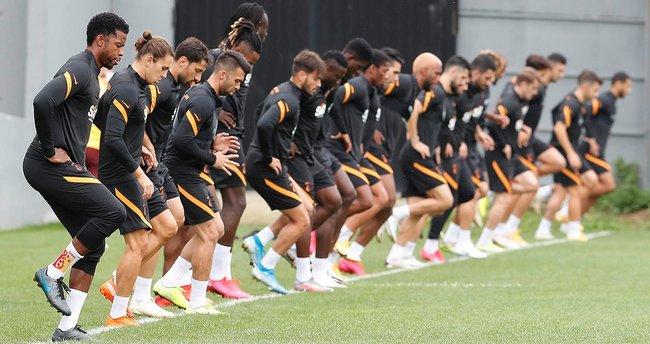 Galatasaray'da iki yıldız isim antrenmana katılmadı!