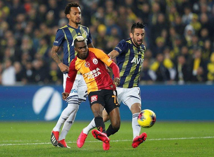 Son dakika: Galatasaray İtalyan milli golcü Simone Zaza'yı kiraladı! Falcao'nun yerine geliyor... Sabah Özel