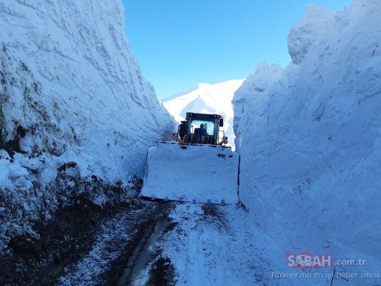 Son dakika: Kar yağışı hayatı zorlaştırıyor! 6 metrelik kar tünelleri, kapanan evler ve yollar... İşte Türkiye'den son dakika kar manzaraları