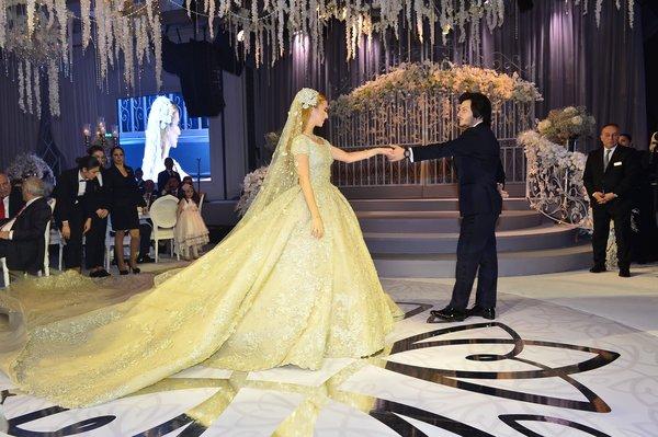 Ali Ağaoğlu'ndan kızı Sena Ağaoğlu'na ikinci düğün