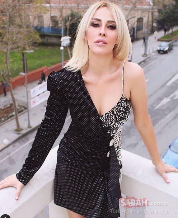 Helin Avşar'ın bikinili pozuna Hülya Avşar'dan 'Muhteşem' yorumu... Hülya Avşar'ın kız kardeşi Helin Avşar bikinili pozu ile ilgi odağı oldu...