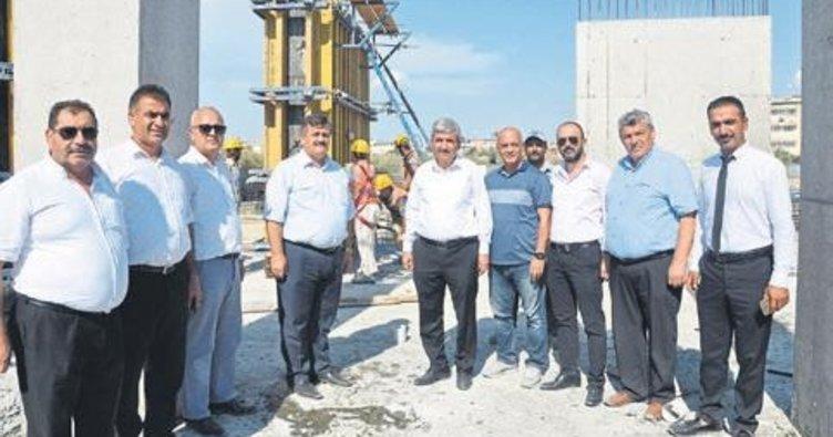 Tarsus Devlet Hastanesi'nin inşaatı hızla devam ediyor